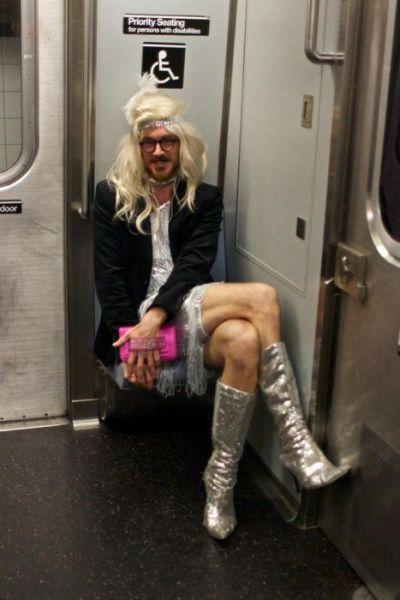 Les gens bizarres du métro