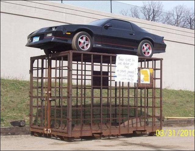 Des voitures mal garées - 8